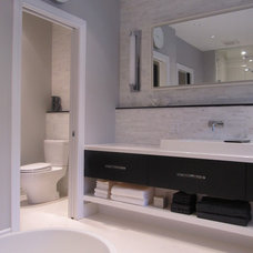 Modern Bathroom by NathalieTremblay - Atelier Cachet