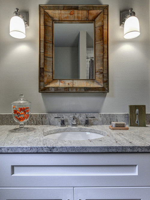 Best Small Traditional Bathroom Design Ideas & Remodel Pictures | Houzz