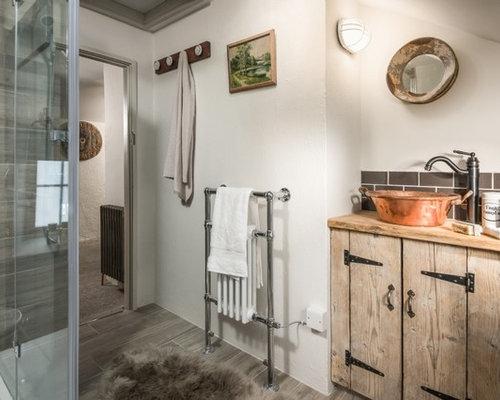 Salle de bain avec une douche l 39 italienne et du - Taille douche a l italienne ...