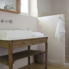 Traditional Bathroom by Holly Marder