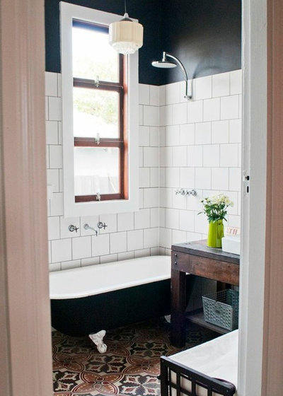 Victorian Bathroom by Etica Studio