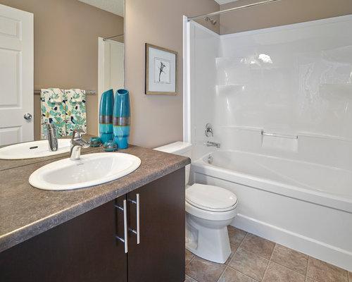 Edmonton Bathroom Design Ideas Renovations Photos With Lino Flooring