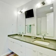 Contemporary Bathroom by Acero Construction