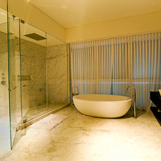Contemporary Bathroom by Yaniv Schwartz - Photographer