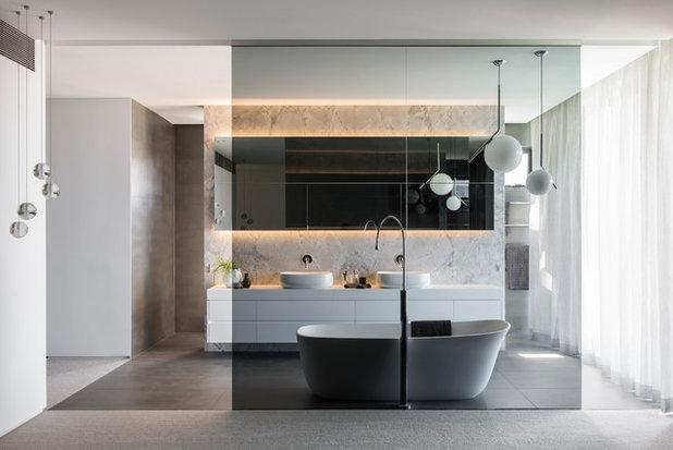 Moderne Badeværelse by Minosa   Design Life Better