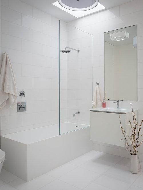 2 679 modern bathroom design photos with a shower bathtub combo