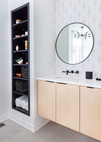 Retro Bathroom by Ember & Brune