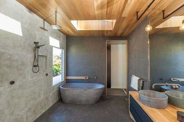 Contemporary Bathroom by Three Balls Red