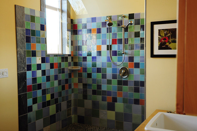 Traditional Bathroom by Julie Smith