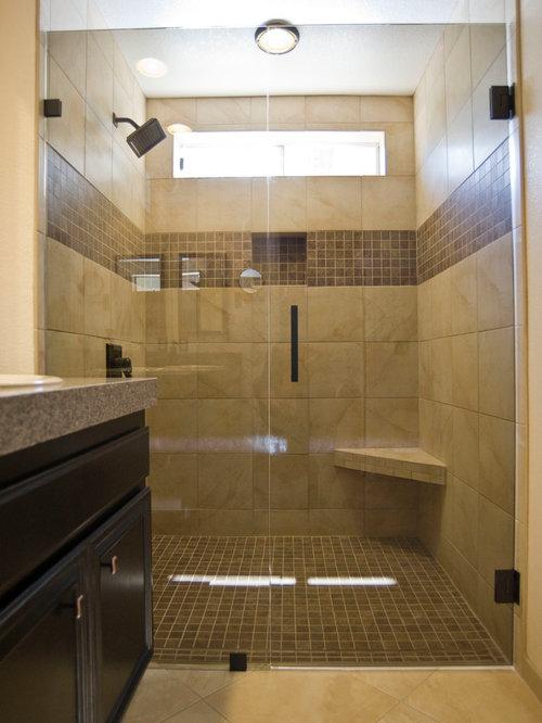 salle d 39 eau moderne avec un sol en travertin photos et id es d co de salles d 39 eau. Black Bedroom Furniture Sets. Home Design Ideas