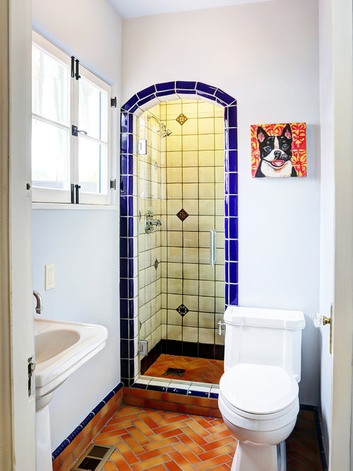 Best Mediterranean Small Bathroom Design Ideas Remodel Pictures Houzz