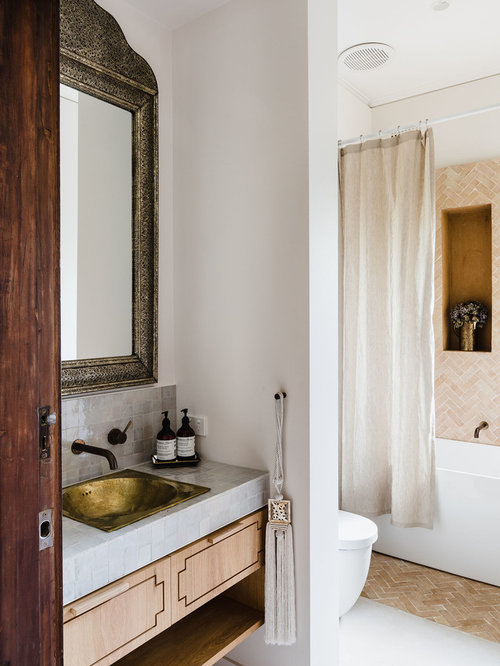 Superbe Mid Sized Mediterranean 3/4 Bathroom In Melbourne With Light Wood Cabinets,  Beige