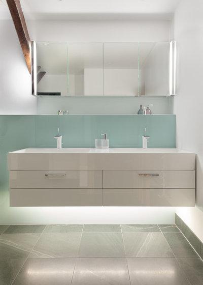 Contemporary Bathroom Timeless Design