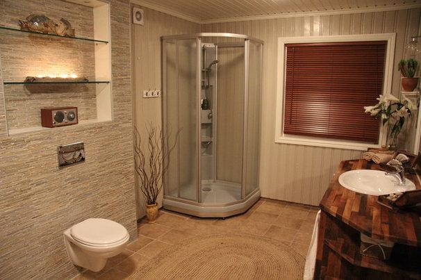 Mediterranean Bathroom Tine Halseth Vuorma