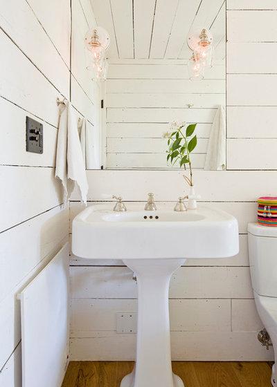 カントリー 浴室 by Jessica Helgerson Interior Design