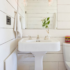 farmhouse bathroom by Jessica Helgerson Interior Design
