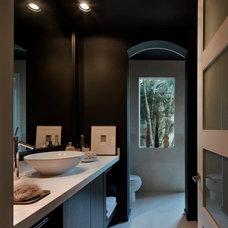 Modern Bathroom by Tomas Frenes Design Studio