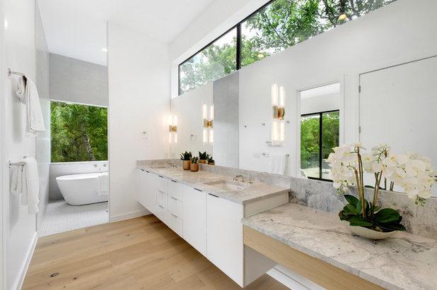 Contemporary Bathroom by Twist Tours Real Estate and Portfolio Marketing