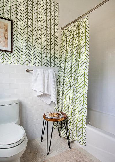 Nyklassisk Badeværelse by Beth Kooby Design