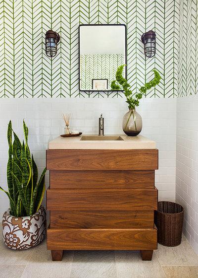 Di transizione Stanza da Bagno by Beth Kooby Design