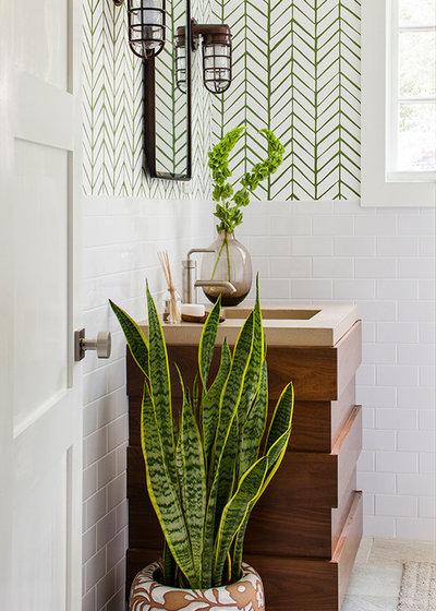 トランジショナル 浴室 by Beth Kooby Design