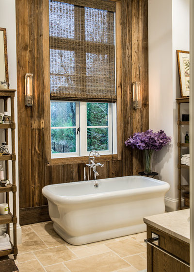 Rustic Bathroom by Pleasant View Construction