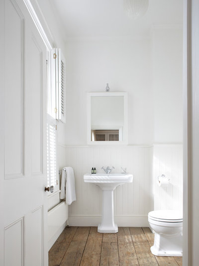 Victorian Bathroom by Anna Standish Interiors