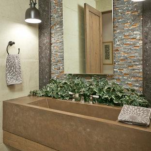 Ispirazione per una stanza da bagno mediterranea con lavabo rettangolare, piastrelle multicolore e piastrelle a listelli