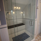 Frameless Glass Shower With 3 8 Quot Thick Glass Traditional