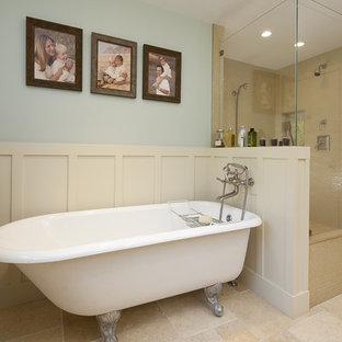 Elegant claw-foot bathtub photo in San Francisco