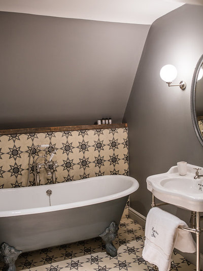 Traditional Bathroom by AZOULAY INTERIORS