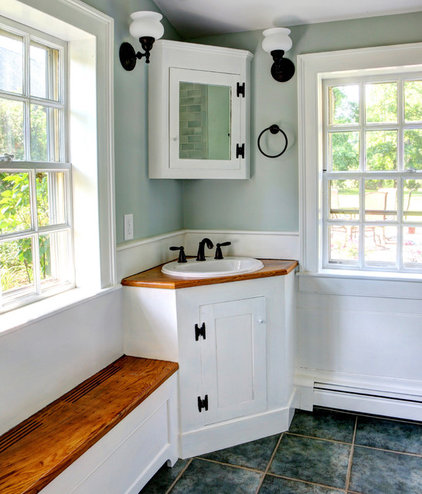 Rustic Bathroom Traditional Bathroom