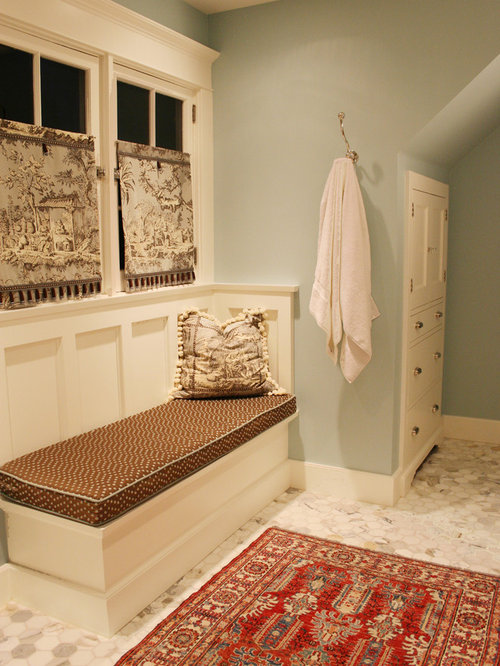 Traditional Bathroom Idea In Portland With Mosaic Tile