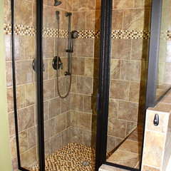 traditional bathroom Traditional Bathroom