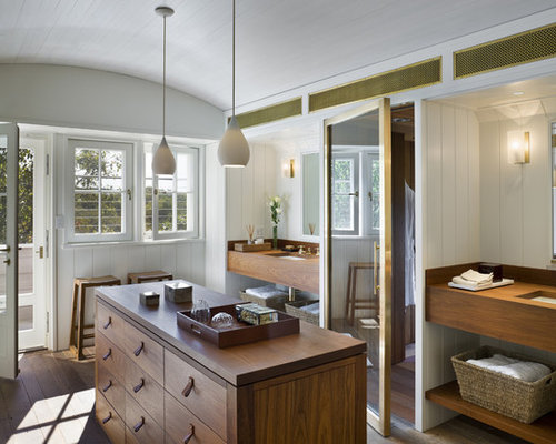Dressing room island home design ideas pictures remodel for Bathroom dressing room designs