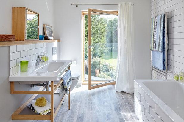 Klassisch Badezimmer by Michael Crockett Photography