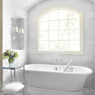 Elegant freestanding bathtub photo in Atlanta