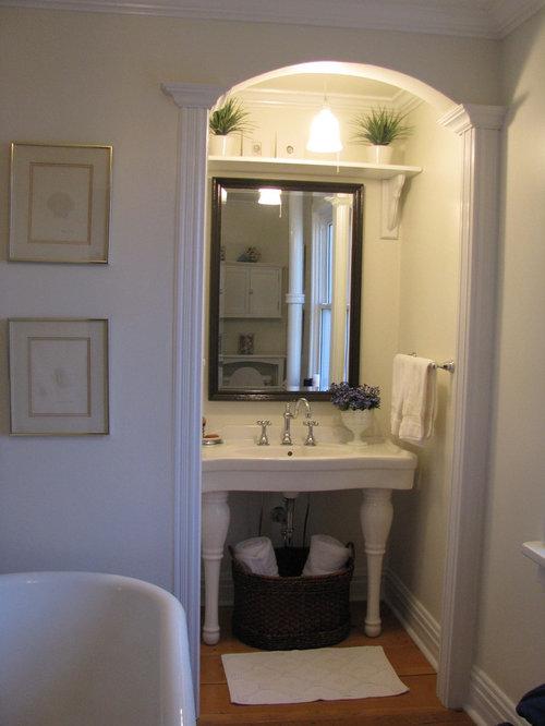 Vintage Style Bathrooms | Houzz