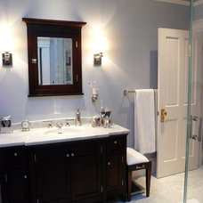 Traditional Bathroom by MP DESIGN Interior Architecture + Interior Design