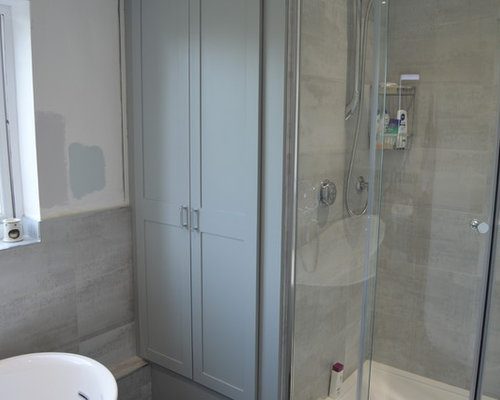 Bathroom Design Ideas, Remodels & Photos with Green Cabinets and ...