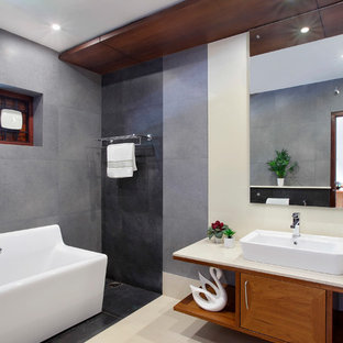 Example of an asian bathroom design in Other