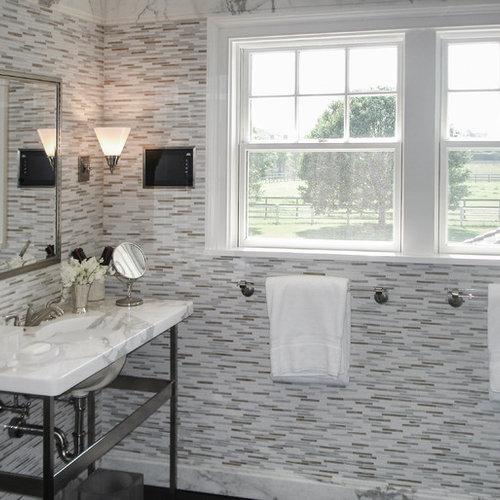 hampton style bathroom design ideas, renovations & photos with