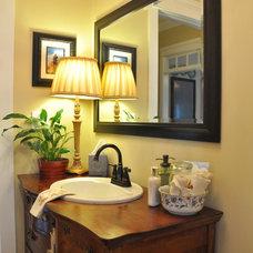 Traditional Bathroom Traditional home