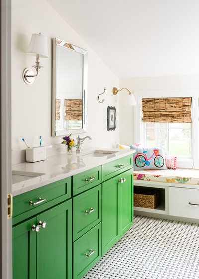 Beautiful Farmhouse Bathroom by Tindall Architecture Workshop