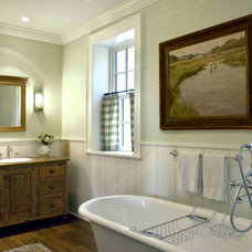 Traditional Bathroom by Meadowbank Designs