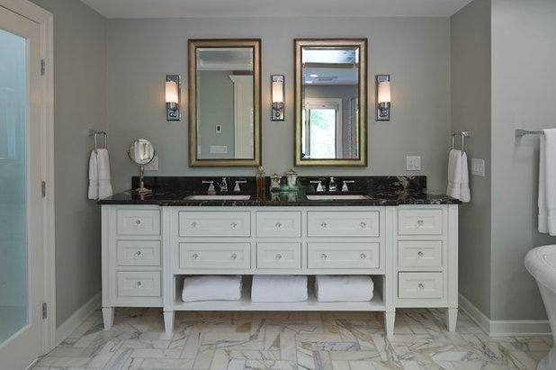 5 spot on bathroom vanity areas from this weeks stories mozeypictures Image collections
