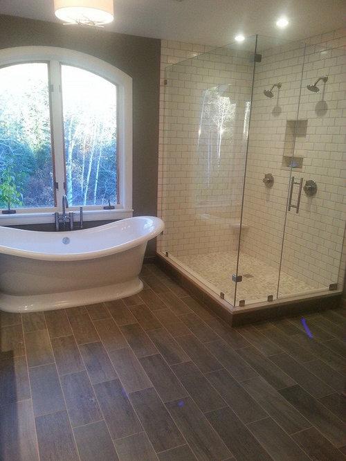 Salle de bain de taille moyenne avec un sol en vinyl photos et id es d co d - Taille moyenne salle de bain ...