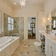 traditional bathroom by Highland Homes, Inc.