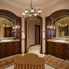Traditional Bathroom by Est Est, Inc.