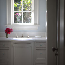 Traditional Bathroom by FGY Architects